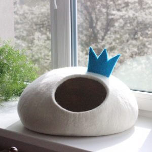 Cat Bed Princess. Felt Cat Cave With Crown. Small Dog House