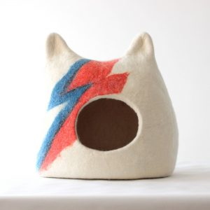 Ziggy Stardust Cat Bed. Aladdin Sane Cat Bowie Cave. Wool House. Gift For Pets